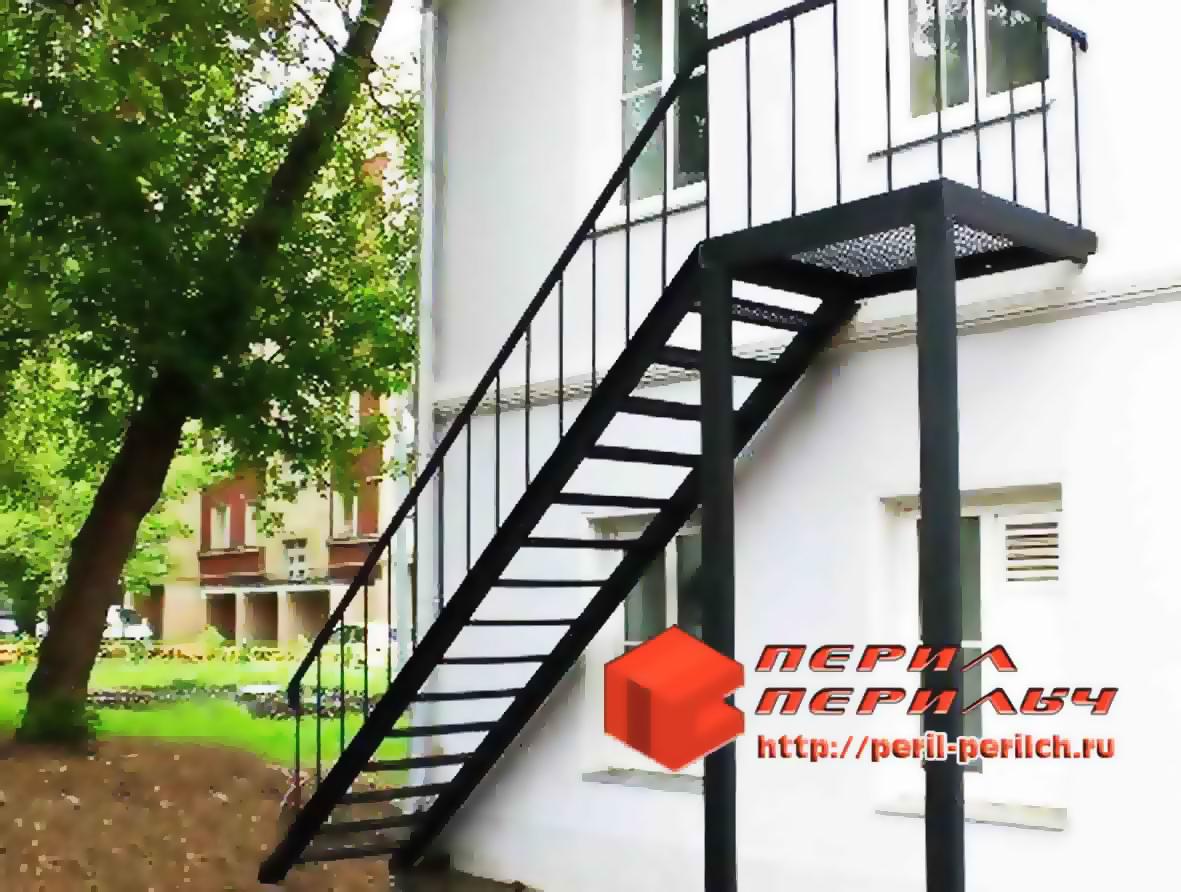 Металлические лестницы для дома - прочности и изысканный сти.